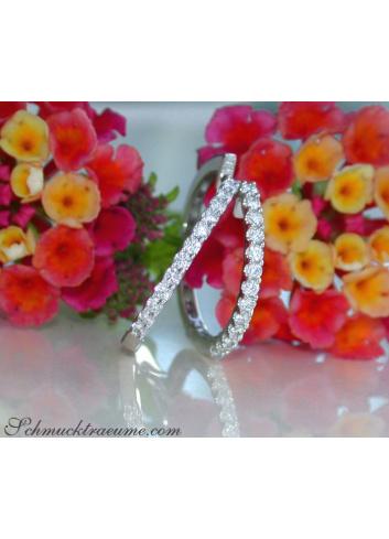 Timeless Diamond Hoop Earrings in Whitegold 18k