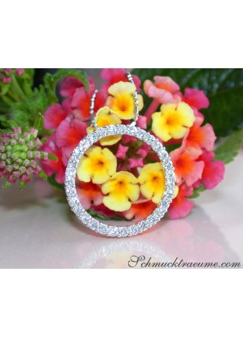 Elegant Diamond Circle Pendant in Whitegold 18k