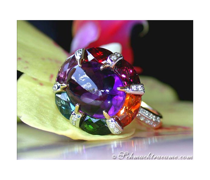 Extrarordinary Multicolor Gemstone Ring
