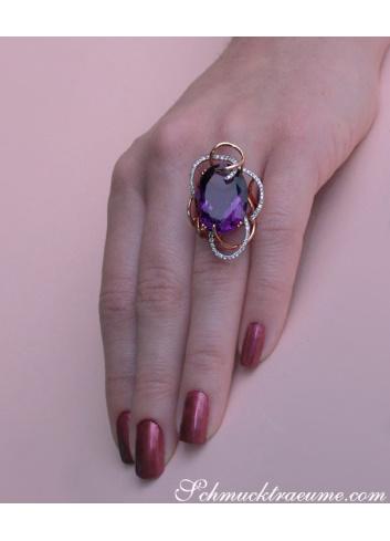 Extraordinary Amethyst Ring with Diamonds