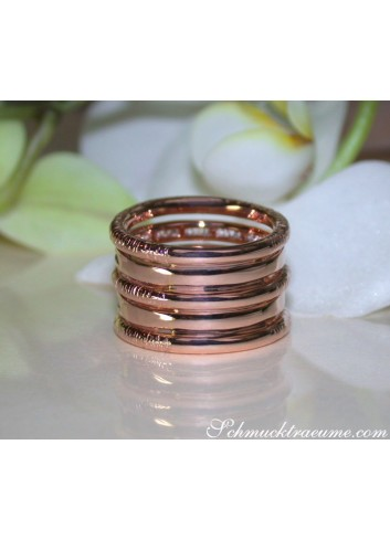 Puristic Rosegold Ring with Diamonds