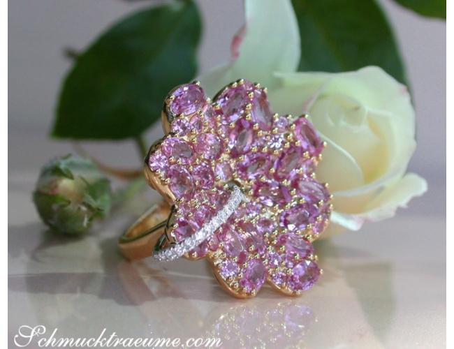 Rosa Saphir Ring im Blüten Design