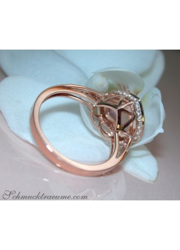 Rosenquarz Herz Ring mit Brillanten in Roségold