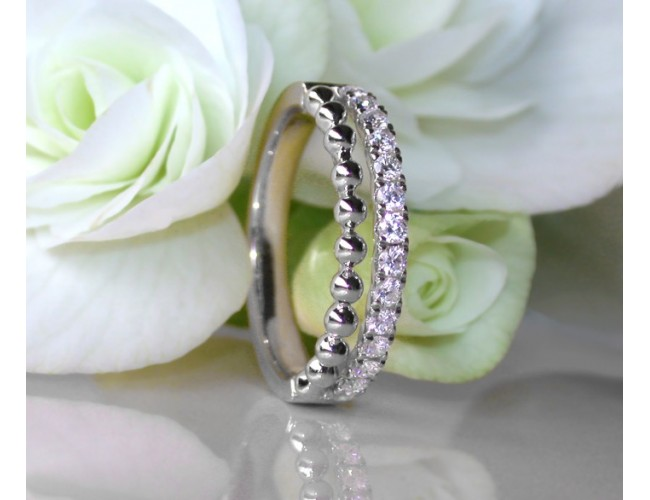 Beautiful Diamond Band (Ball Style)