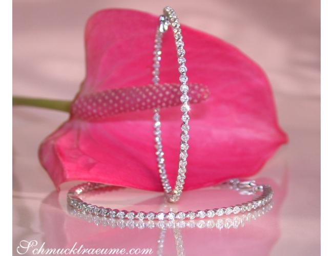 große Diamanten Creolen