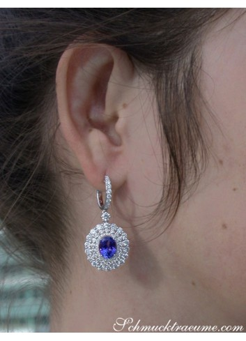 Magnificent AAA Tanzanite Dangling Earrings with Diamonds