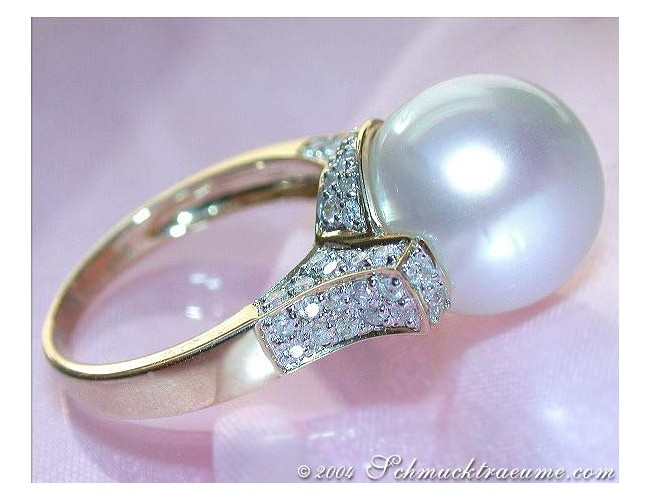 Superb Southsea Pearl Diamond Ring