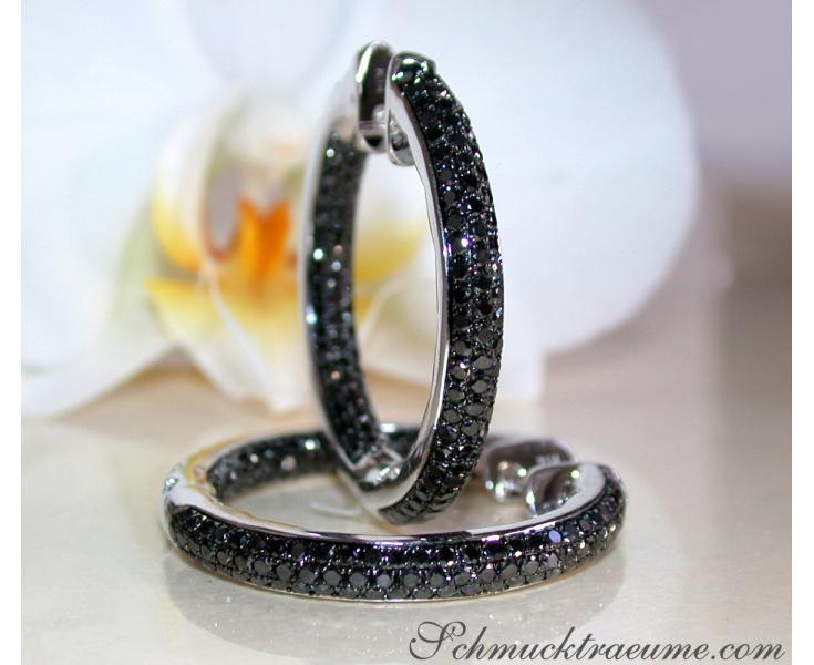 Stattliche Creolen mit schwarzen Diamanten