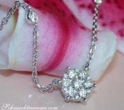 Exquisite Diamond Necklace in Whitegold 18k image