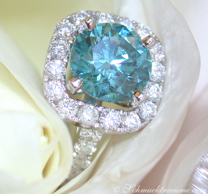 exquisiter blauer diamant solit r ring juwelier. Black Bedroom Furniture Sets. Home Design Ideas
