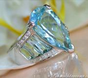 Aquamarin Tropfen Ring mit Diamanten image